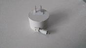 自收缩一体式手机充电器图1
