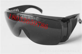 防护眼镜防异物眼镜焊工防电弧防护眼镜防尘防风防异物眼镜