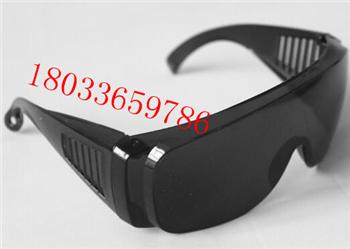 防护眼镜防异物眼镜防沙尘防紫外线防风防护镜焊工防护眼镜