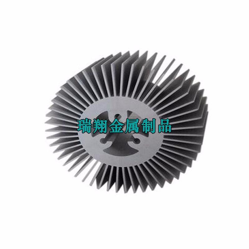 6063铝制太阳花散热器,太阳花铝型材散热器
